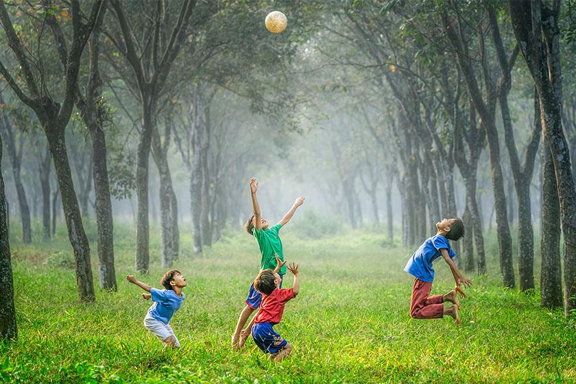 Percorsi di gruppo e yoga per bambini a Tarvisio